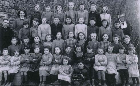 photo de classe de 1955 à Guitté